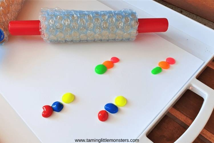 Rolling Pin Bubble Wrap Painting